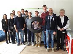 Forschungsprojekt der Digital-Technologie zwischen dem HSD-Labor für Umweltmesstechnik (UMT), dem IOX-Lab (Düsseldorf) und der Firma 3S GmbH (Saarbrücken) zur Entwicklung eines kostengünstigen modularen digitalen Sensorsystems zur flächendeckenden Schadstoff- und Verkehrsüberwachung.